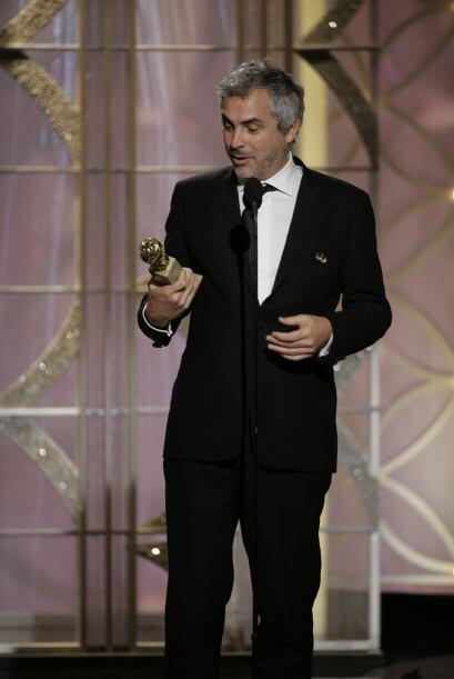 Alfonso Cuarón: Es un guionista, productor y director de cine mex...