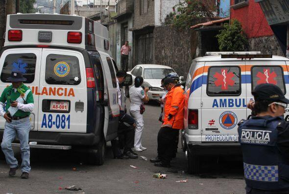 Reportes de la policía local indican que al menos 20 se encuentran en un...