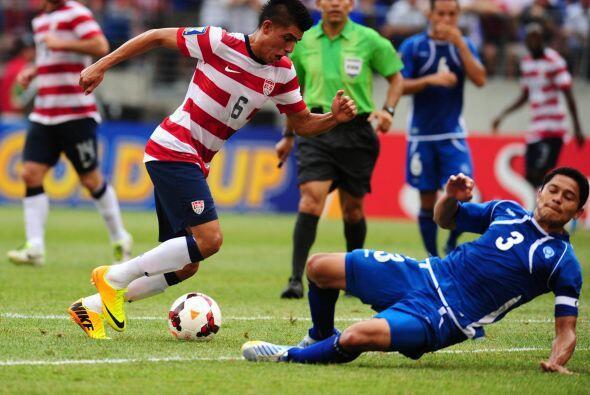 Joe Corona, mediocampista de Club Tijuana de la Liga MX, optó por jugar...