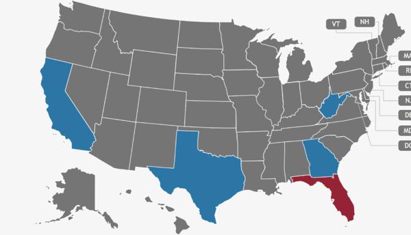 Los estados destacados en azul o rojo indican que un desastre se ha decl...