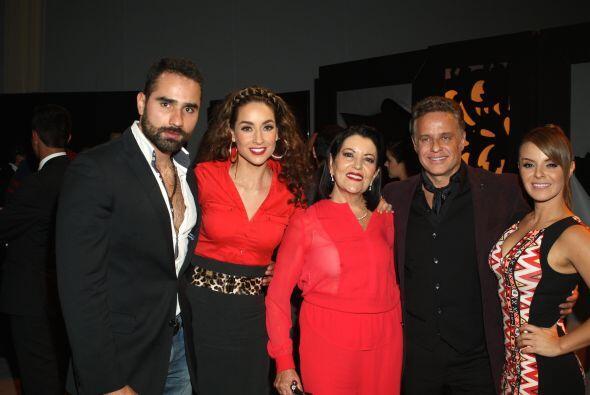 """La productora Mapat presentó al elenco de su nueva producción """"La Sombra..."""