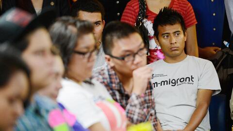 Un grupo de dreamers en un taller sobre cómo solicitar DACA en Lo...