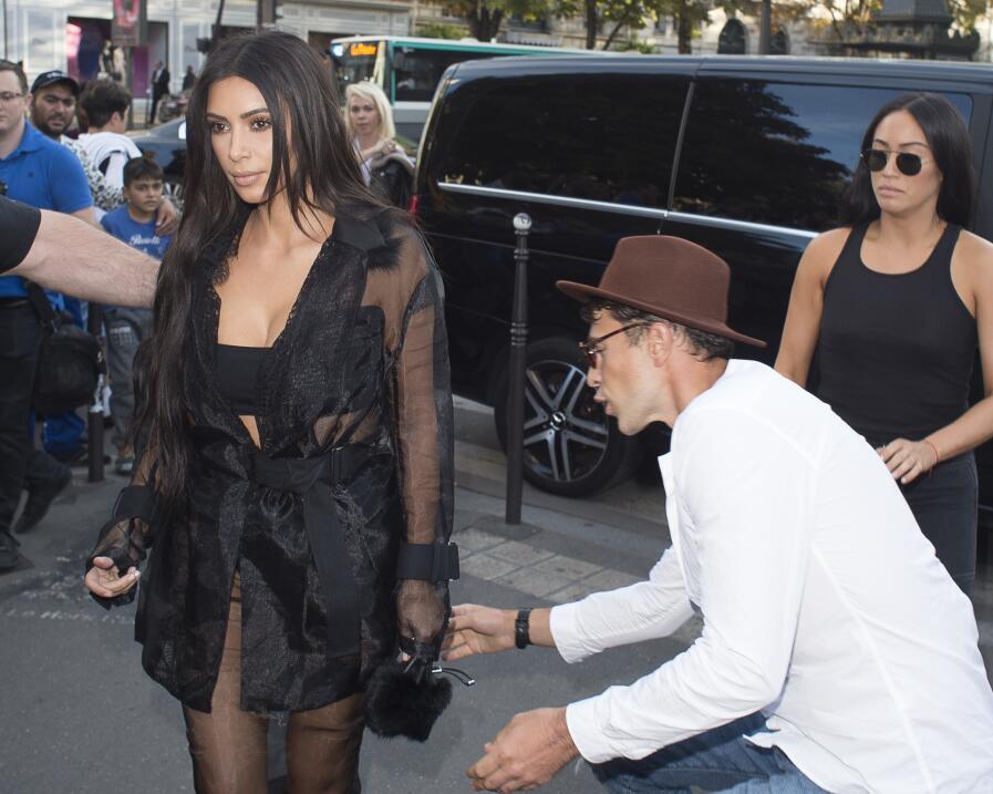 Kim Kardashian y su monumental berrinche por fotos que le tomaron en Méx...