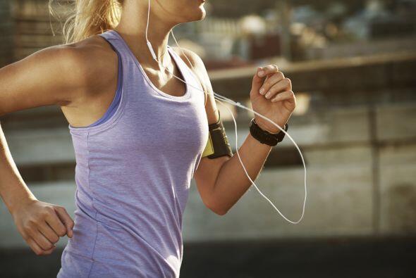 Viaje de 'running'. Sólo una chica 'fit' conoce la ansiedad que genera u...