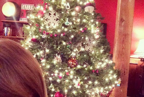 Taylor Swift también mostró su espíritu navide&ntil...