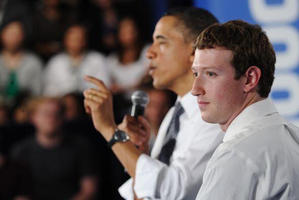 Él mismo entrevistó en abril al presidente Barack Obama, que bromeó con...