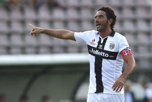"""Alessandro Lucarelli del Parma es otro """"viejo lobo de mar"""" de la Serie A..."""