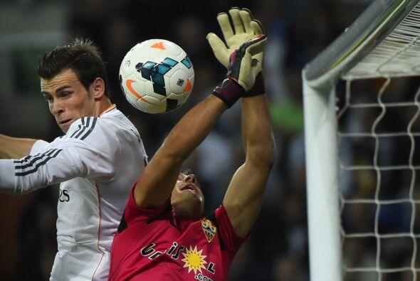 El Real Madrid tuvo 29 tiros a meta, por solo  5 de un Almería que inten...