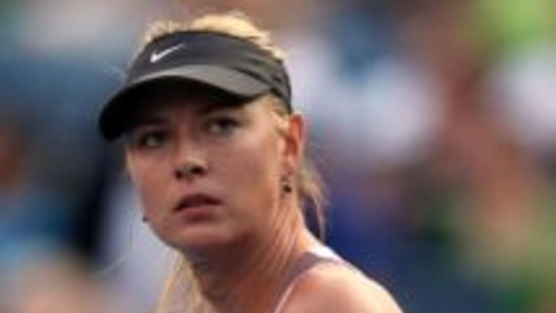 Maria Sharapova despachó 6-2, 6-2 a la húngara Melinda Czink.