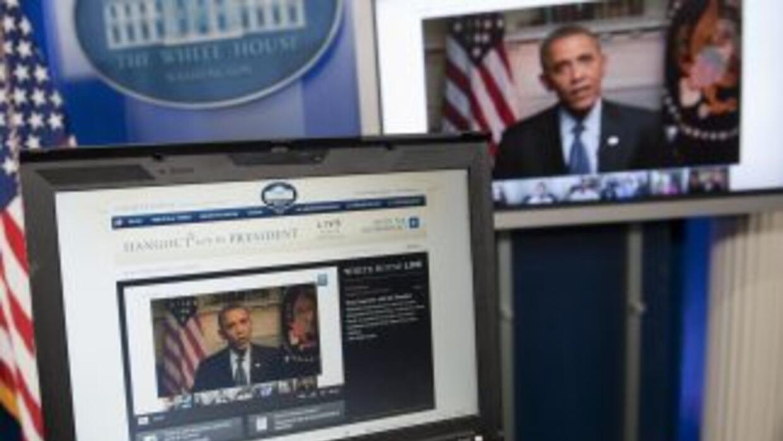 El presidente charlósobre diversos asuntos que pasaron de la economía a...