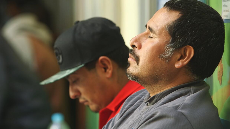 Así viven la llegada a la frontera de Tijuana, en México, los deportados...