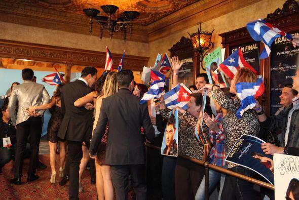 Los participantes fueron apoyar a sus compañeros y a celebrar el...