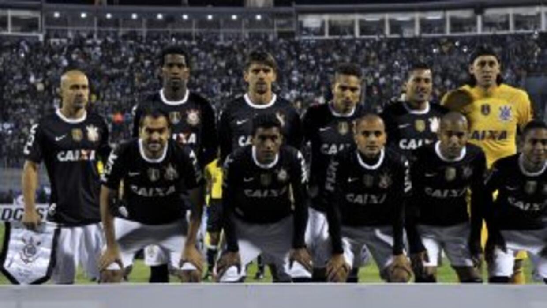 El campeón de la Libertadores 2012 se pone a prueba visitando al equipo...