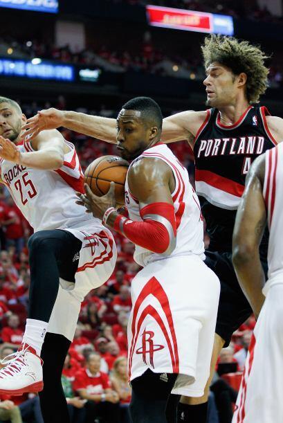 Frustrados, desesperados y cansados, así quedaron los Rockets lue...