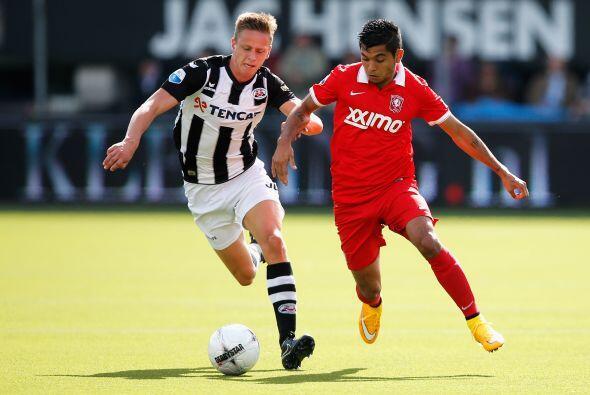 Jesús Corona no tuvo un comienzo fácil con el Twente de Holanda, la adap...