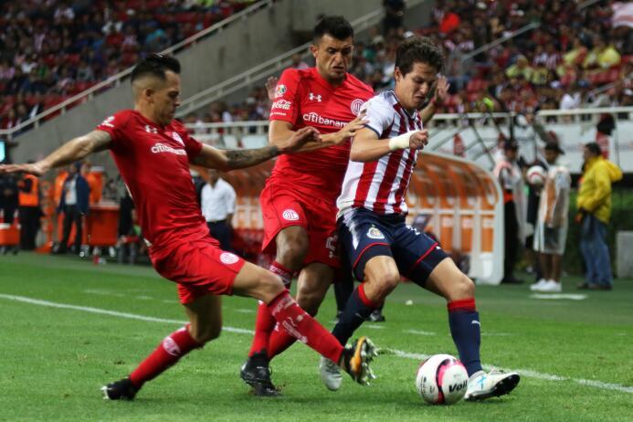El campeón debutó con poco brillo ante Toluca 20170722_5813.jpg