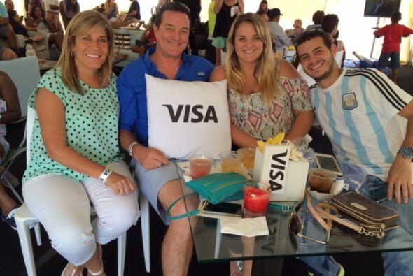 Chequea como los fans de KQ105 la pasaron en el VIP Section de Visa.