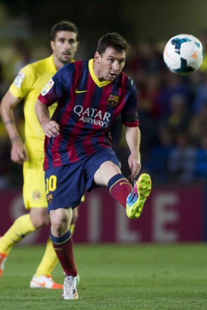 Lionel Messi y sus compañeros tenían un mar de problemas para pasar la ú...