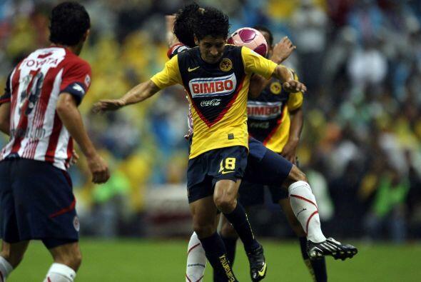 En el Apertura 2008, Ángel Reyna aprovechó la victoria de América sobre...