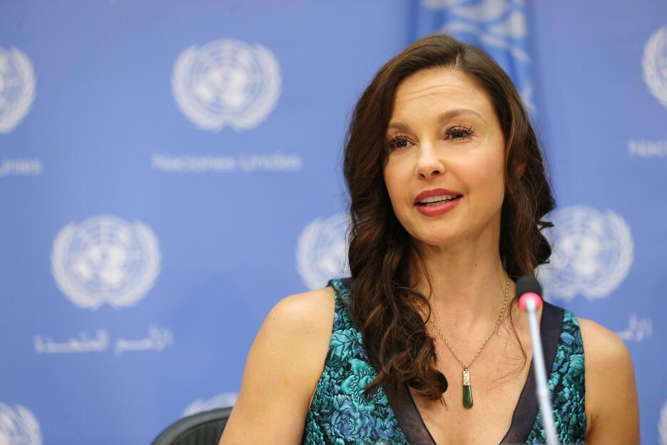 Ashley Judd contó a The New York Times que Weinstein la invitó a desayun...