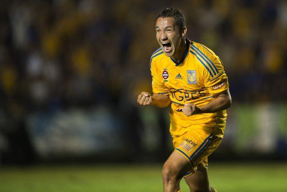 Hablando de las posiciones de arriba, una victoria de Monterrey o Tigres...