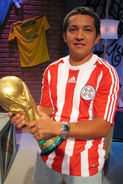 Sergio Benítez, tiene 28 años y es de Paraguay.