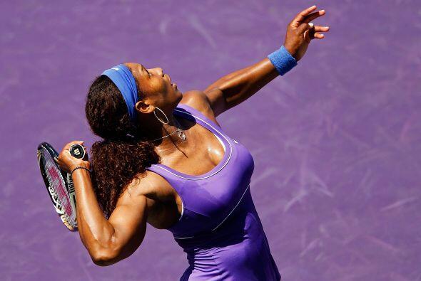El tenis queda atrás. Los colores y modelitos juegan su propio partido.