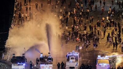 Disturbios, 300 arrestados y dos muertos: lo que deja la celebración del Mundial en Francia