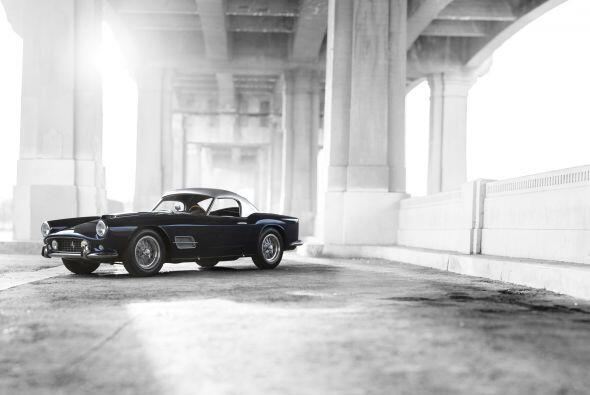 Este modelo de Ferrari fue uno de los primeros vehículos en contar con f...