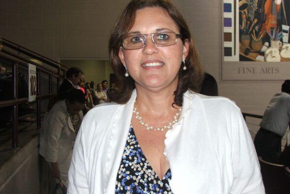 Yadira Machado  Esta maestra de origen venezolano se dedica a cambiar la...