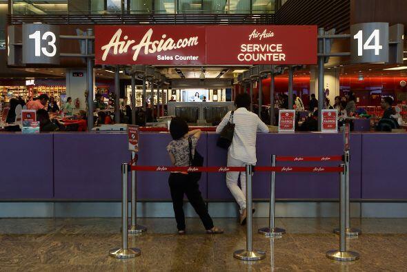 Un mostrador de AirAsia en el aeropuerto Changi de Singapur.