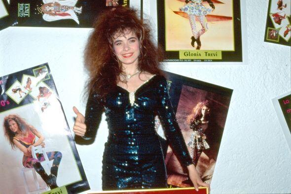 Gloria Trevi tampoco se queda atrás, junto a su carrera musical, protago...