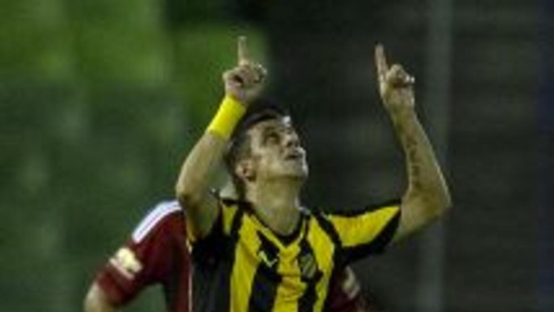 Peñarol le ganó de visita 2-1 al Deportes Iquique merced a su experienci...