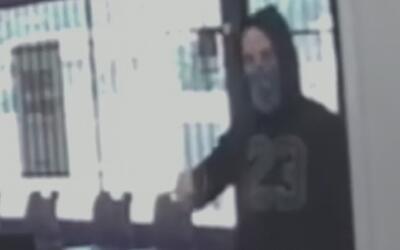 Robo a mano armada a un Metro PCS en Fort Worth tomó dos minutos