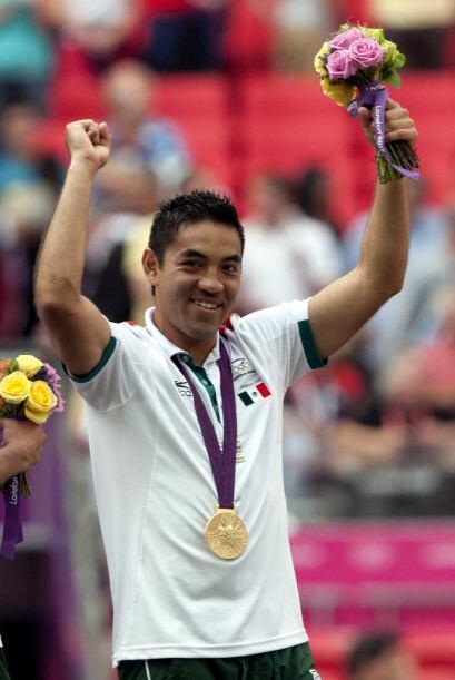 Tras la medalla olímpica Marco Fabián pasó sin pena ni gloria por Chivas...