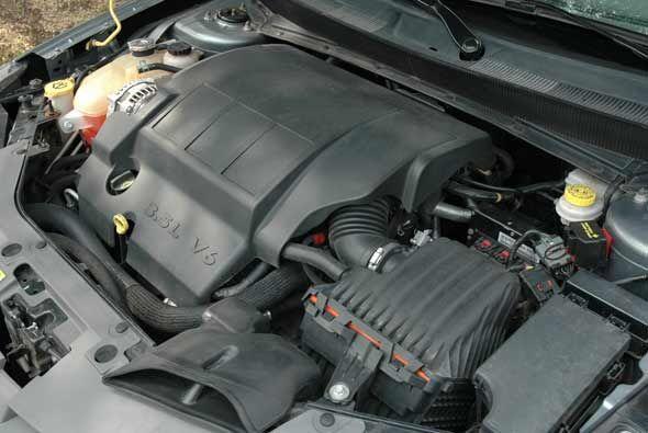 El motor que equipa esta versión convertible es el V6 de 3.5 litros con...