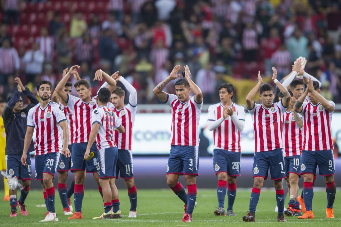 16. Chivas de Guadalajara: 8 puntos (-5)