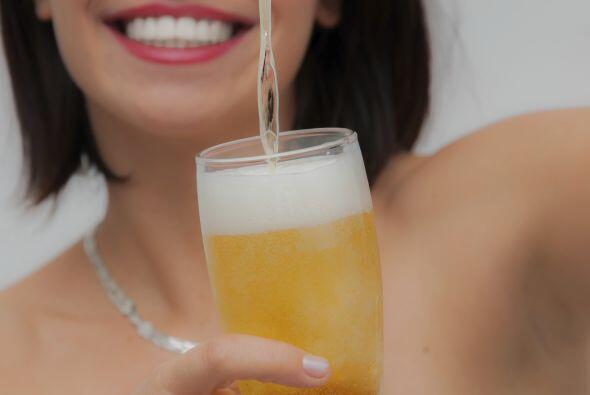 Bebidas alcohólicas. Suelen gustarles aquellas con crema o leche.
