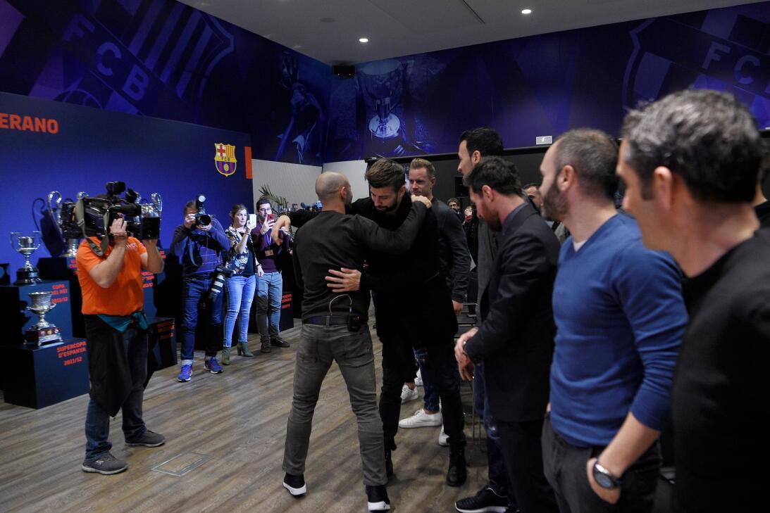 Paso a paso: así fue la emotiva e íntima despedida que le dio el Barcelo...