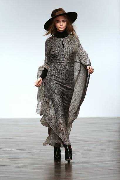 Los vestidos largos son otra sugerencia que te damos para salir a retar...