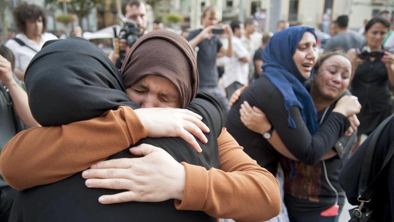 Familiares de los presuntos autores de los atentados de Barcelona y Camb...
