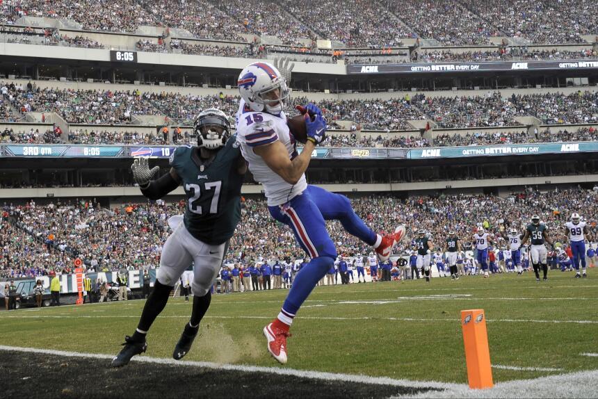 Los Philadelphia Eagles vencieron 23 - 20 a los Buffalo Bills para coloc...