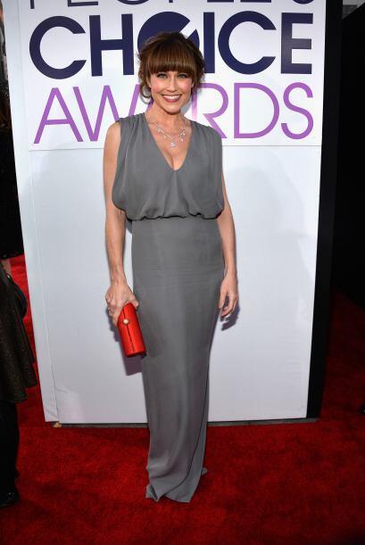 El vestido de Nikki DeLoach no fue uno de los mejores, tal vez en otro c...