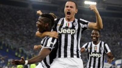 La 'Vecchia Signora' ganó con suma autoridad al equipo lazial y se adjud...