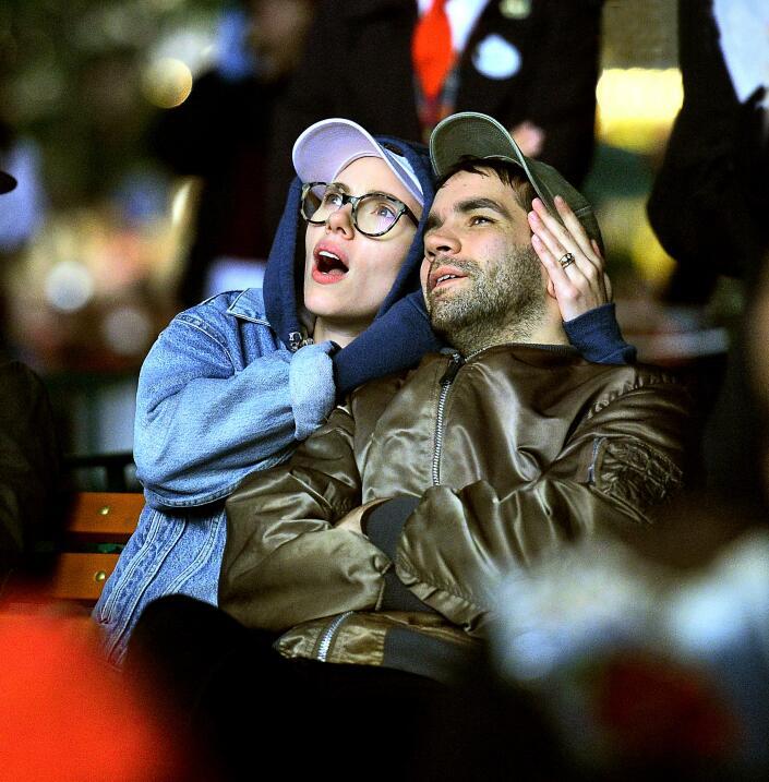 Scarlett Johansson y Romain Dauriac de 'date' en el parque de diversiones.