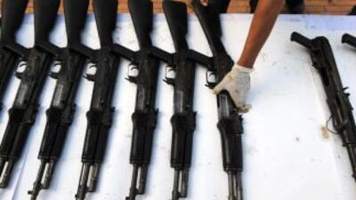 El gobierno mexicano presentó 99 mil armas de fuego decomisadas a grupos...
