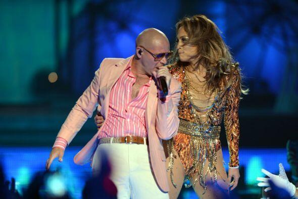 Hay que recordar que JLo y Pitbull cantaron juntos hace dos años...