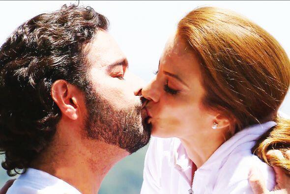 Y sin perder tiempo, Diego te dio todos los besos que pudo.