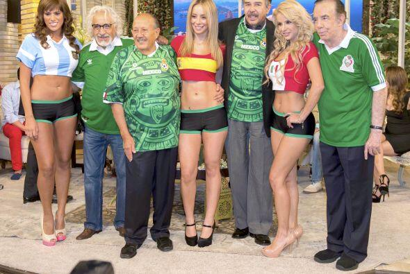 Rafael Inclán, Polo Polo, Jorge Ortiz de Pinedo y Mauricio Herrera con u...