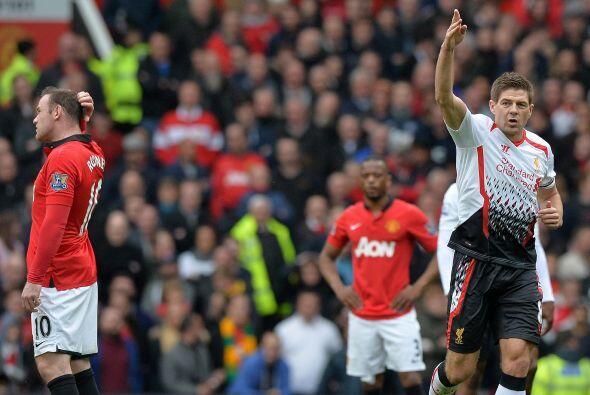 Liverpool se adelantaba a un United sin ideas y con poco qué ofrecer.
